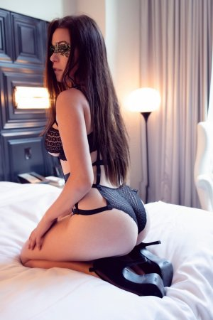 Alvana independent escort in Canby OR, sex club